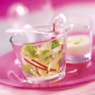 Crème de pommes Pink Lady et céleri au lait de soja, parfumé au thym citron